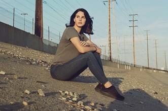 Lana Del Rey Venice Bitch