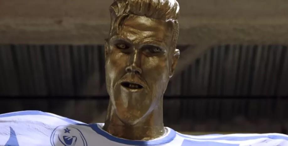 David Beckham statua